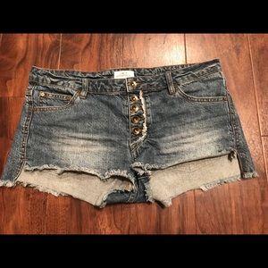O'neill jean shorts - size 11